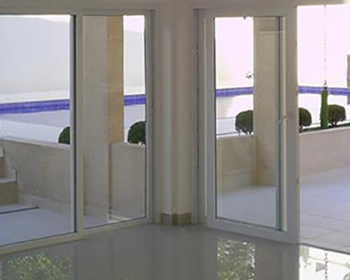 Porta de PVC Sob Medida